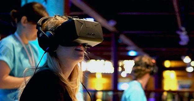 f8-2015-event-oculus-img-top
