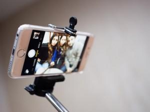 selfie-stick-624x468