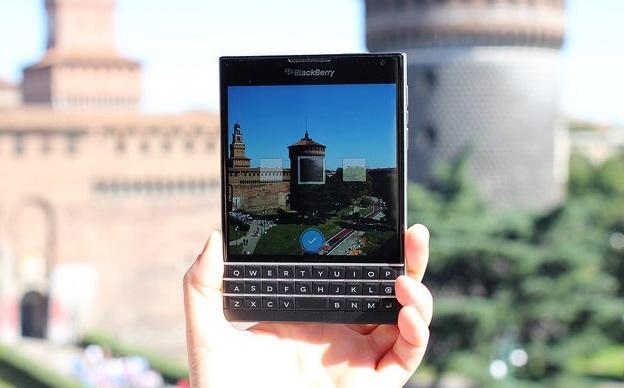 blackberry-passport-new-panorama-camera-option-15171810148-maurizio-pesce-img-top