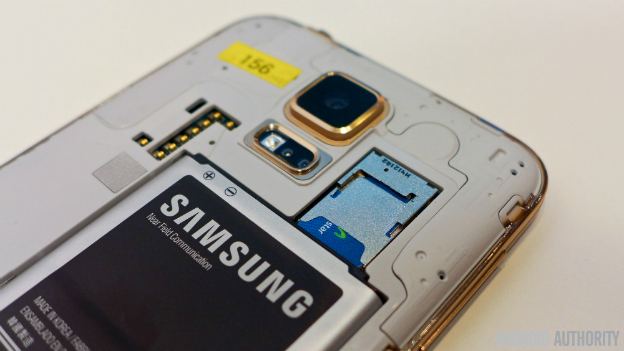samsung-galaxy-s5-gold-back-cover-battery-2-img-top-android-authority