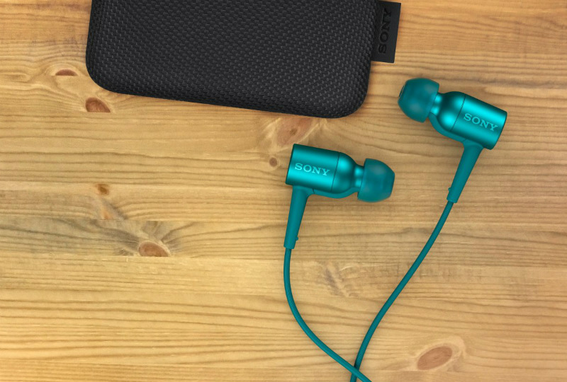 sony-h-ear-in-nc-detail-in-every-note-viridian-blue