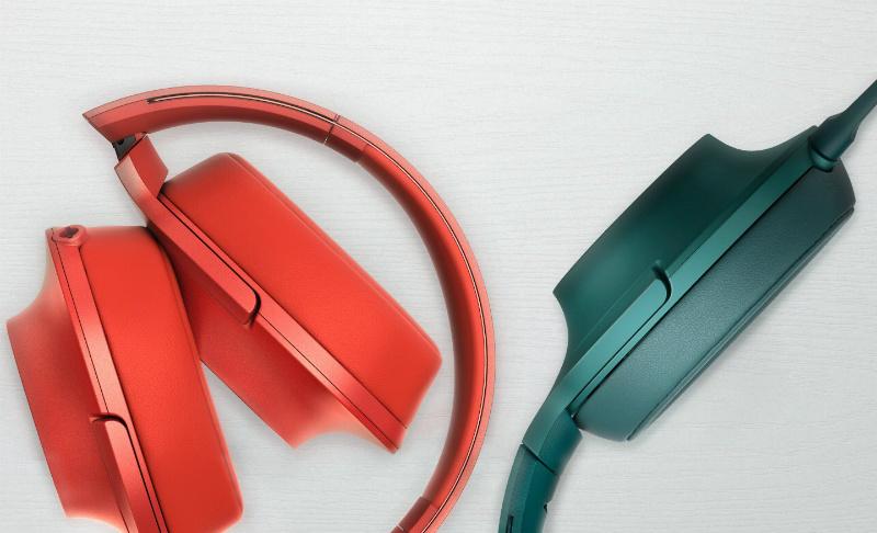 sony-h-ear-on-cinnabar-red-viridian-blue