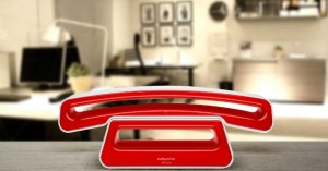 swissvoice-epure-v2-full-eco-cordless-single-dect-telephone-red-lifestyle-01-img-top
