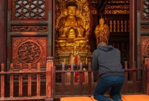 Mark-Zuckerberg-visited-Wild-Goose-Pagoda-in-Xian-china
