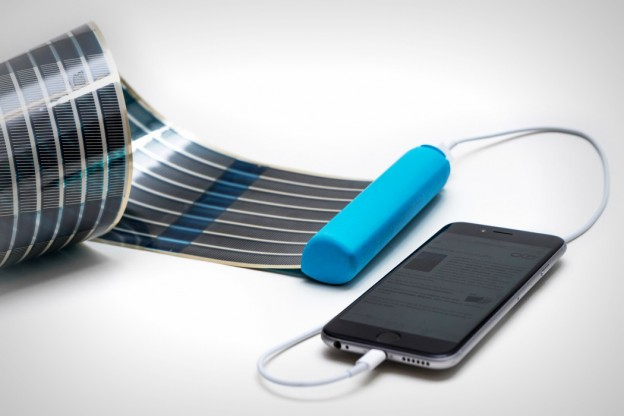 helion_solar_battery_1
