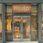 世界上唯一的摩托羅拉實體店開幕,就在蘋果店對面
