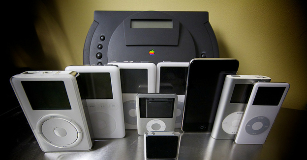 the-ipod-family-with-their-ancestor-the-powercd-5778999248-matthew-pearce-img-top