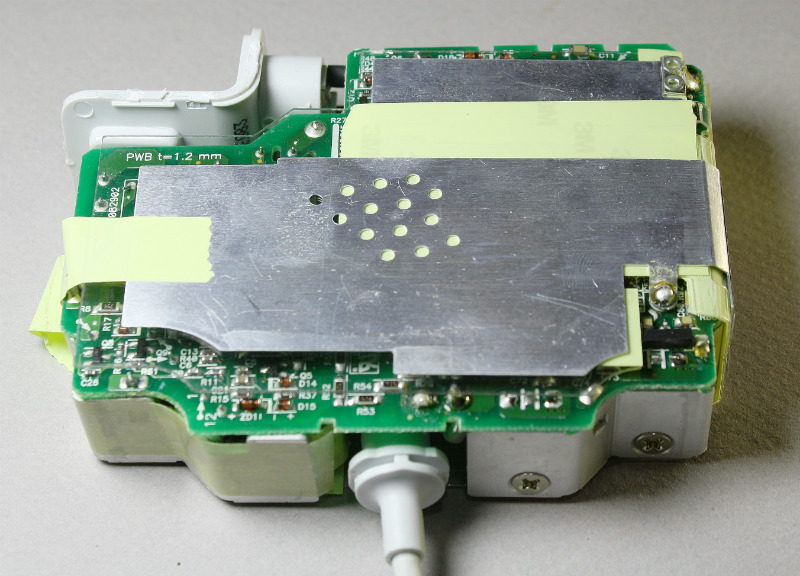 magsafe85-bottomthe-circuit-board-inside-the-apple-85w-macbook-charger-ken-shirriff