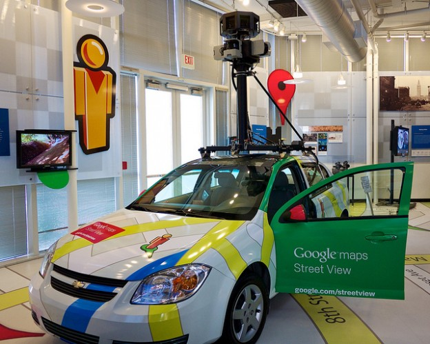 Google-Maps-Street-View-Car_Flickr0114