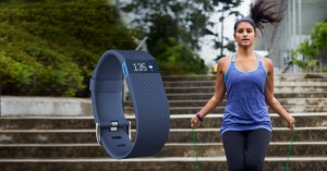 fitbit-charge-hr-every-beat-counts-scr-part-img-top