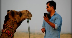 trying-a-camel-selfie-15643285838-abhishek-saha-part-img-top