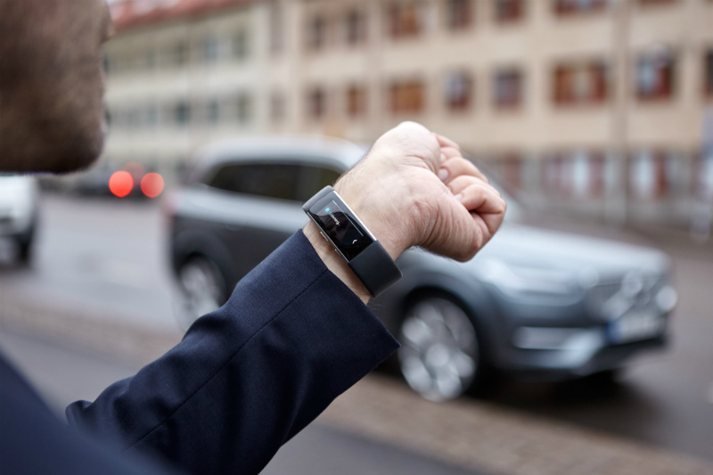 volvo-cars-microsoft-enable-talk-to-cars-2-part