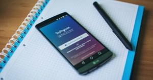 instagram-app-24309657241-freestocks-org-part-img-top