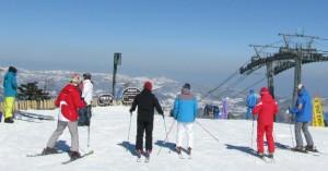 skiing-at-yong-pyong-korea-6916627489-travellingrunes-paul-part-img-top