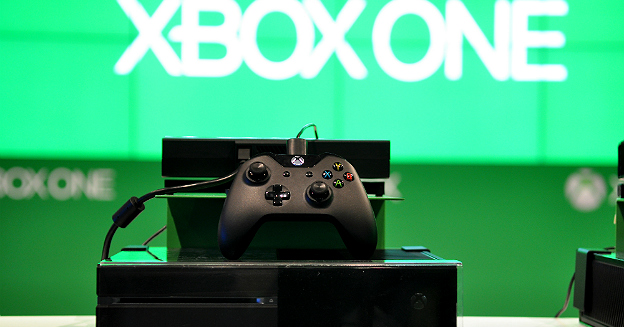 xbox-one-at-gamescom-2013-9570179867-marco-verch-part-img-top