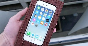 can-a-chocolate-bar-protect-an-iphone-6s-from-100ft-drop-test-maxresdefault-techrax-part-imgtop
