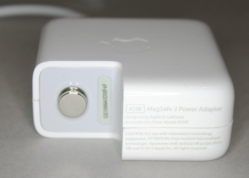 counterfeit-macbook-charger-teardown-label-ken-shirriff-part