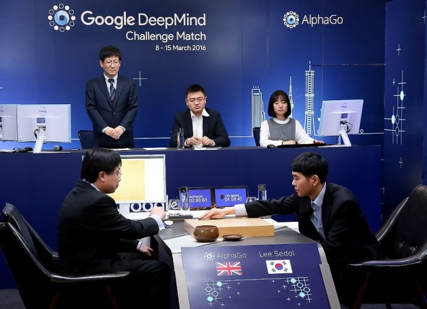 google-deepmind-alphago-win-lee-first-battle-2