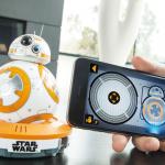 《星際大戰:原力覺醒》藍光發售在即,BB-8 新增「Watch With Me」功能陪你看電影