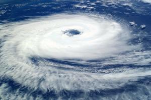 cyclone-catarina-iss-20040326-part-imgtop