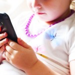 when-to-buy-child-a-cell-phone_001